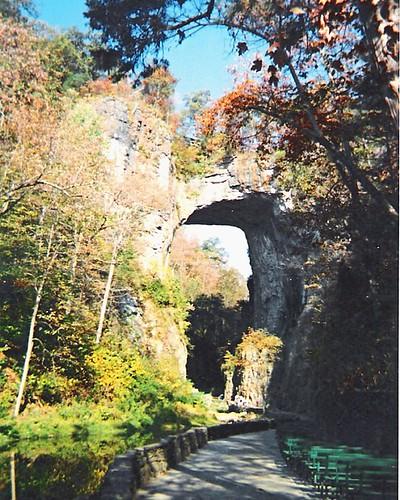 bridge virginia natural landmark tourist historic naturalbridge limestone cedarcreek lightandsoundshow dramaofcreation