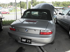 coupã©(0.0), convertible(0.0), automobile(1.0), automotive exterior(1.0), bmw(1.0), vehicle(1.0), performance car(1.0), mid-size car(1.0), bmw z3(1.0), compact car(1.0), bumper(1.0), land vehicle(1.0), sports car(1.0),