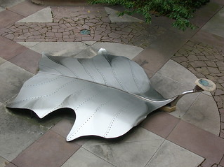 Tulip Tree Leaf drinking fountain (overhead)