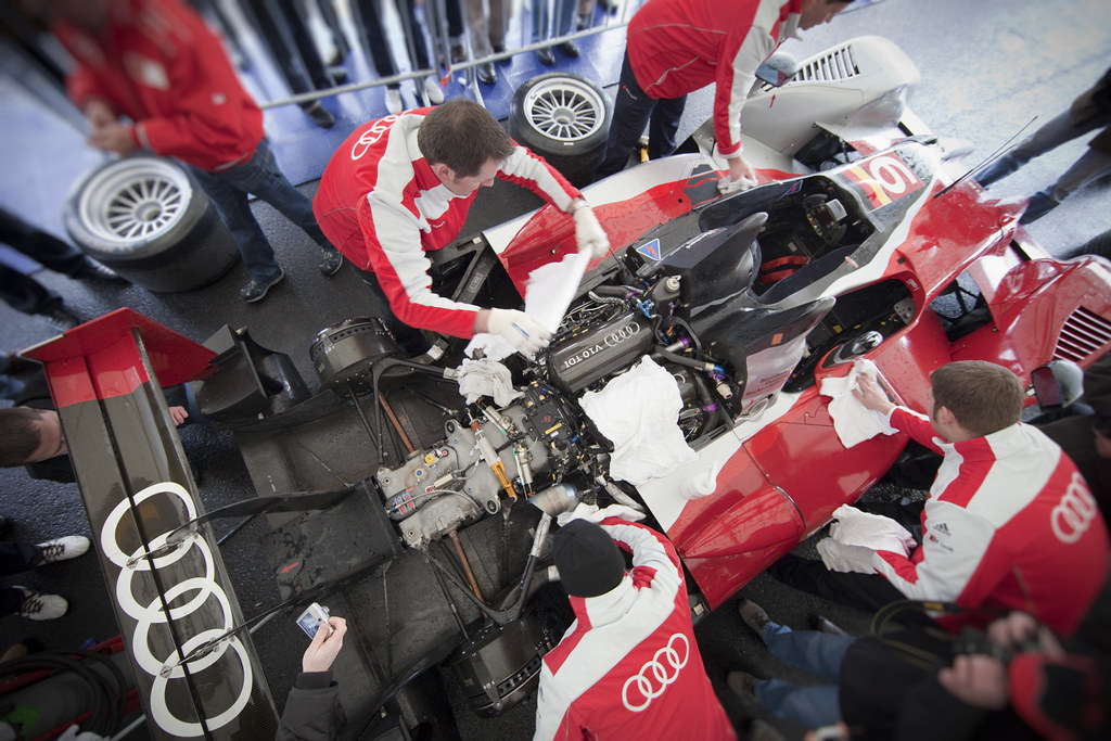 michelin blog says audi r18 racecar to be revealed. Black Bedroom Furniture Sets. Home Design Ideas