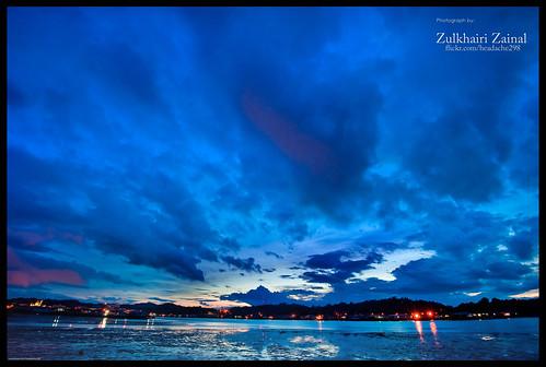 blue houses sky orange sunrise landscape geotagged nikon nikkor brunei knk astar bsb bandarseribegawan 1635mm watervillage holux kampungair d700 m241 ak4n blurisartshot