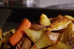 meal, junk food, vegetable, roasting, produce, food, potato wedges, dish, cuisine, root vegetable,