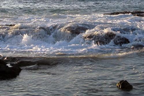 ocean sunset sea wet water rock hawaii nationalpark surf waves pacific pacificocean shore foam bigisland nationalparkservice kona lavarock twostep puuhonuaohonaunau puuhonua honaunau puuhonuaohonaunaunationalhistoricalpark southkona honaunaubay barryfackler barronfackler