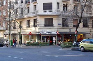 http://hojeconhecemos.blogspot.com/2011/01/shop-calle-velasquez-madrid-espanha.html
