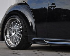 Prior Design VW New Beetle GT3 Side Skirts and Mesh Wheels