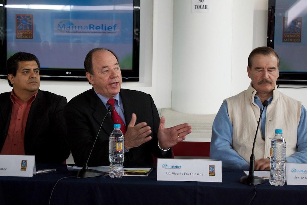 MannaRelief & Vamos México December 7 Press Conference
