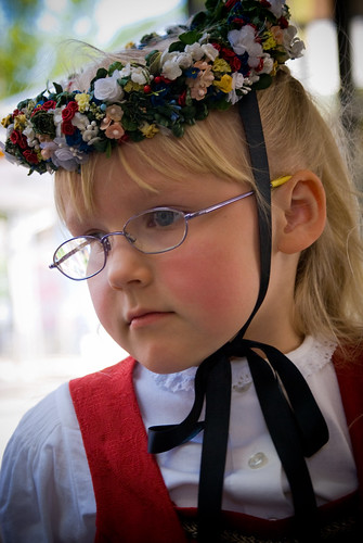 Trachtenmädchen / Traditional costume girl