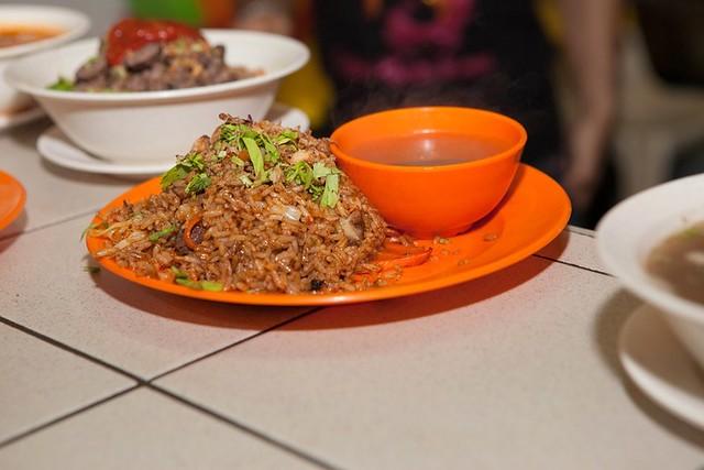 mee nasi goreng ganja - mid valley makan place