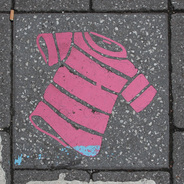 paving slab motif - pink striped t-shirt