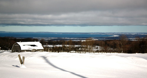 winter lake snow ontario canada bay farm georgianbay lakehuron escarpment niagaraescarpment greycounty duntroon