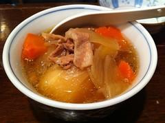 noodle(0.0), jjigae(0.0), kimchi jjigae(0.0), produce(0.0), zåni(1.0), food(1.0), dish(1.0), soup(1.0), cuisine(1.0),