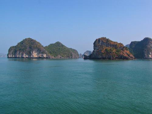 Karsts-Halong Bay-Vietnam