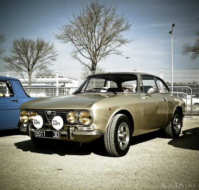 Alfa Romeo Giulia GTV Coupe Bertone