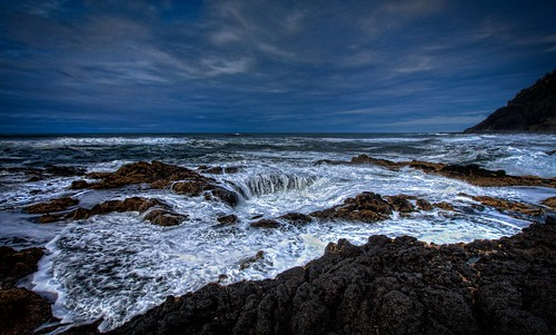 Thor's Well at Cape Perpetua HDR