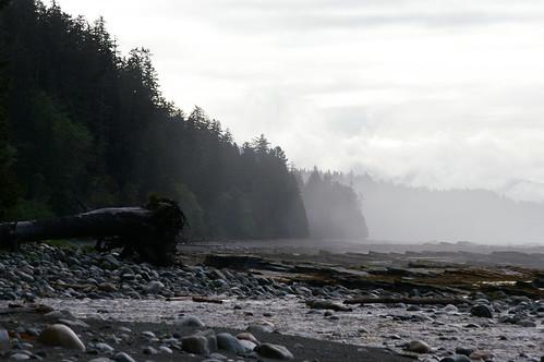 West Coast Trail - Flickr: Christ Breikss