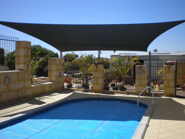 Square Shade Sails Over Pool Flickr Photo Sharing