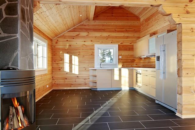 Interieur foto van een houten huis logwoning wonen in hout een unieke beleving flickr - Houten chalet interieur ...