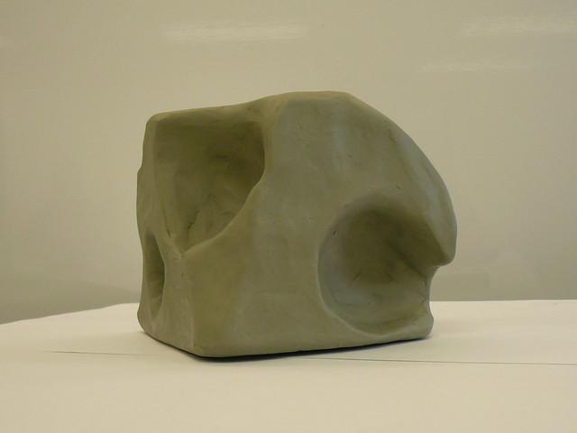 Header of concavity