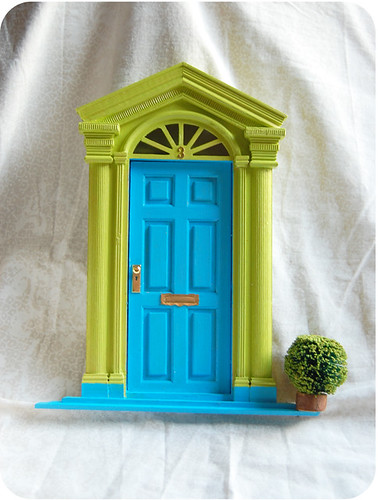Green fairy door