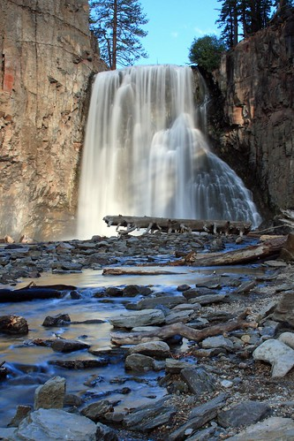 Rainbow Falls, Devils Postpile National Monument, near Mammoth Lakes