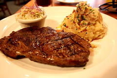 meal, steak, roasting, grilling, pork chop, rib eye steak, sirloin steak, salisbury steak, food, dish, meat chop, cuisine,