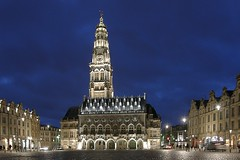 Arras by night