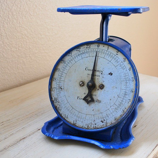 Antique Columbia Family Scale in Vivid Blue