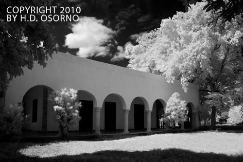 House of Christianity BW - Casa de la Cristiandad BN