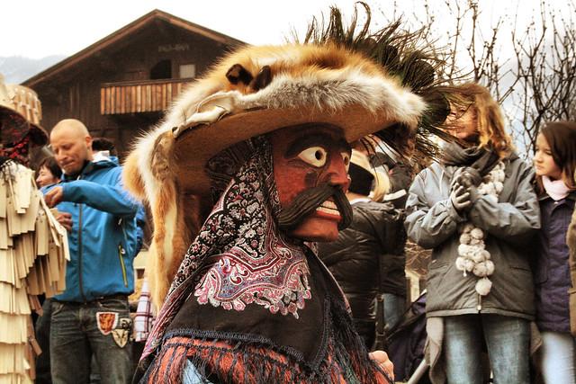 Header of brujo