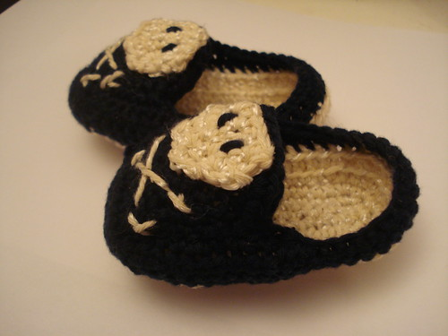 Pirate baby booties