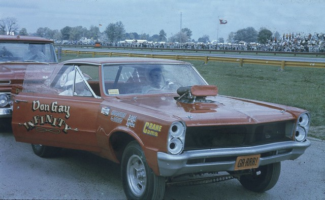 RARE SHOT OF DON GAY'S PONTIAC TEMPEST. Here he ran as a B/Fuel Dragster.