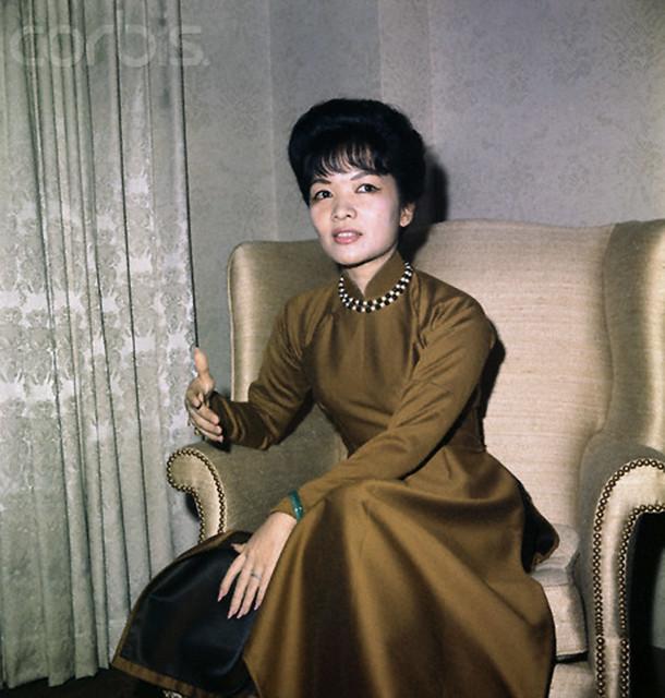 Vietnam's Madame Ngo Dinh Nhu at press conference. Washington, DC, USA - 21 Oct 1963