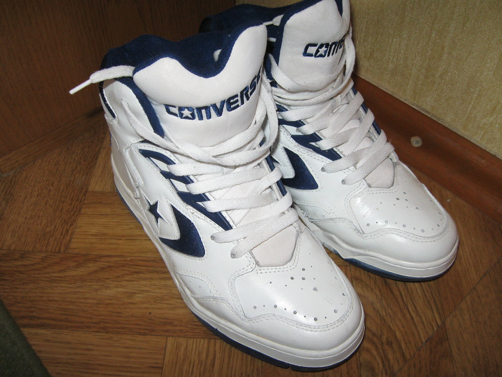 97ee345268 ... reduced converse weapon hi true vintage b ball sneakers 88a9e f7ab8 ...