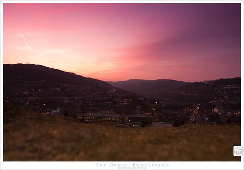 pink sunset red wales hills treforest pontypridd graig callissacaffull
