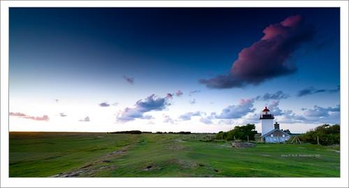 sunset lighthouse clouds zeiss golden sony hour normandie alpha dslr paysage normandy phare bassenormandie variosonnar agon a900 1635mmf28 sonydslra900 mlux maciejbmarkiewicz landscapelu 49°0974n1°343796w