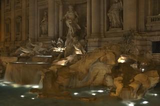 Fontana di Trevi (HDR)