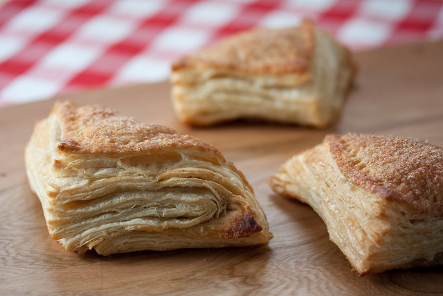 Flaky Vegan Apple Turnovers