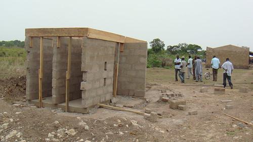 africa men construction latrine accesstowater righttowater brongahaforegion greencrossinternational greencrossghana smartwaterforgreenschools alimanprimaryschool jyakalai