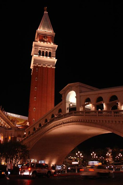 El gran y lujoso hotel Venetian y Palazzo Qué ver y hacer en Las Vegas, curiosidades y lugares a NO perderse - 5522882043 f436b89cc5 z - Qué ver y hacer en Las Vegas, curiosidades y lugares a NO perderse