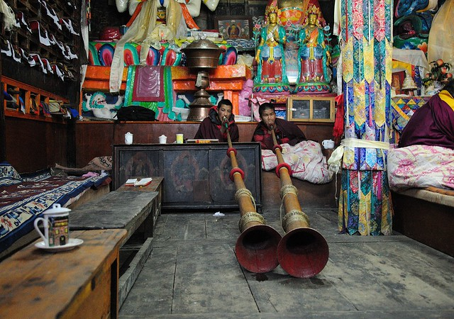Rag-dung trumpets (Tibetan ritual instruments)