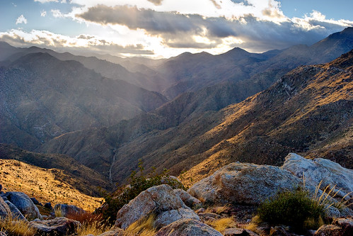 california landscape desert hiking backpacking anzaborregodesertstatepark
