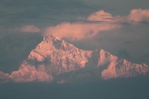 continentasia countryindia darjeeling mountainkangchenjunga sunrise tagged statesinwestbengal year2010