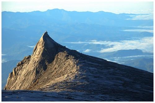 mountain sunrise trekking south peak mount malaysia borneo kinabalu 3921m