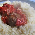 Herzhafte Fleischklöße in Tomatensauce