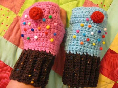 Cupcake Fingerless Mittens
