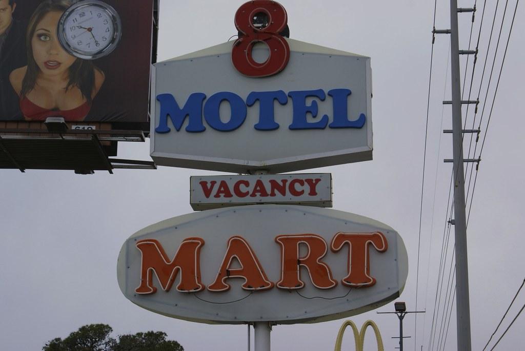 Motel 8