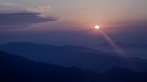 morning nepal mountains fog sunrise himalaya pokhara himalayan sarangkot pwpartlycloudy