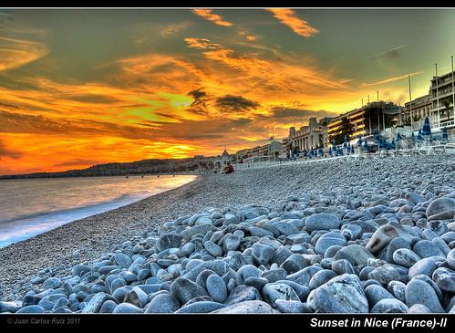 ocean sunset sea sky france sol beach de mar nice mediterranean stones playa cielo nubes puesta francia hdr piedras niza francelandscapes cloudsstormssunsetssunrises