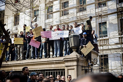 Telecommunication workers on strike عمال الإتصالات يضربون عن العمل