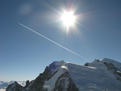 Curving over Mont Blanc